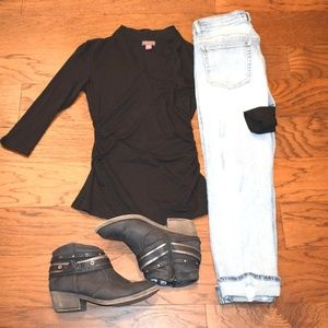 Vince Camuto Side Ruched Black Fitted Shirt